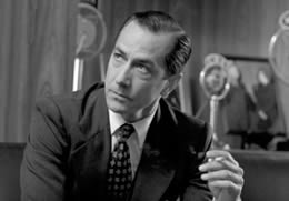edward murrow as a symbol of broadcast journalism in good night and good luck a film by george cloon The film good night, and good luck documented the events of 1953 into 1954  between edward r murrow, a radio and television journalist for the columbia.